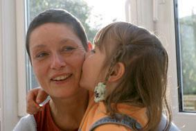 """Rexrodt von Fircks Stiftung veröffentlicht erste Ergebnisse des Modellprojekts """"gemeinsam gesund werden"""" – Familienorientierte Reha für Brustkrebs-Patientinnen und ihre Kinder"""