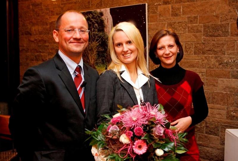MS-Schwester des Jahres ausgezeichnet – Merck Serono würdigt Engagement in der MS-Therapie