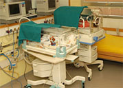 """""""Känguruh-Pflege"""" lindert Schmerzen bei Früh- und Neugeborenen"""