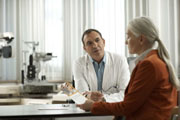 Erste Präsentation der Versorgungsstudie DiaDeM*: Diabetes-Patienten: Gut aufgeklärt und trotzdem nicht optimal versorgt?