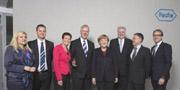 Beeindruckt von der Innovationskraft: Bundeskanzlerin Merkel besucht Roche in Deutschland