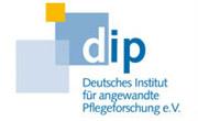 Pflege-Thermometer 2014 untersucht Demenzversorgung in bundesdeutschen Krankenhäusern: Gravierende Umsetzungsprobleme von geeigneten Versorgungskonzepten