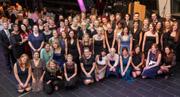 Absolventinnen und Absolventen feierten in der RUB-Mensa: Erste hsg-Bachelor-Abschlüsse in Hebammenkunde und Pflege