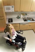 Ein ganzes Haus aus dem Rollstuhl heraus bedienen: Neue Möglichkeiten für Rollstuhlfahrer im Smart Home