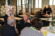 Migrantinnen und Migranten oft schlecht über Angebote informiert – Nachholbedarf bei kulturspezifischem Grundwissen von Ärzten und Pflegekräften: Welche Pflege sich türkischstämmige Senioren wünschen