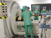 Viszeralchirurgen und Radiologen setzen bei Lebertumor-OP erstmals intraoperatives MRT der Leber ein